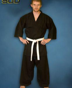 črna kimona za karate