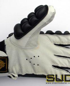 zaščitne rokavice za mečevanje